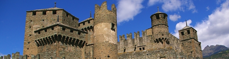PA_0059_00_Hrad Fénis - Castello di Fénis - Chateau de Fénis - Fénis Castle - Italie - cestování - dovolená v itálii - Panda na cestach - panda1709