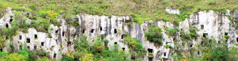 PA_0085_00_ Nekropole Pantalica v údolí řeky Anapo - Sicilie - Italie - cestování - dovolená v itálii - Panda na cestach - panda1709