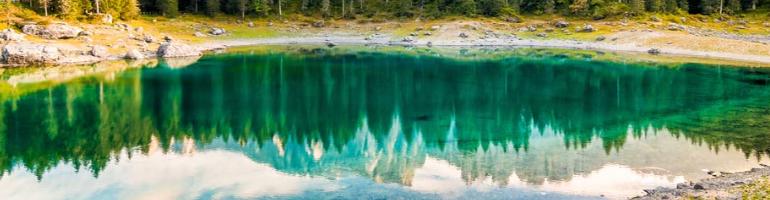 PA_0090_00_Lago di Carezza (Karersee) – Pohádkové jezero - Dolomity - Italie - cestování - dovolená v itálii - Panda na cestach - panda1709