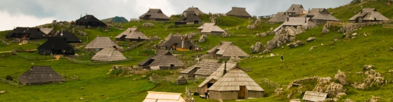 PA_0135_00_Velika Planina - Slovinsko - cestování - dolovelná - Panda na cestach - panda1709